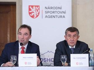 Vládní zmocněnec pro sport Milan Hnilička a předseda vlády Andrej Babiš