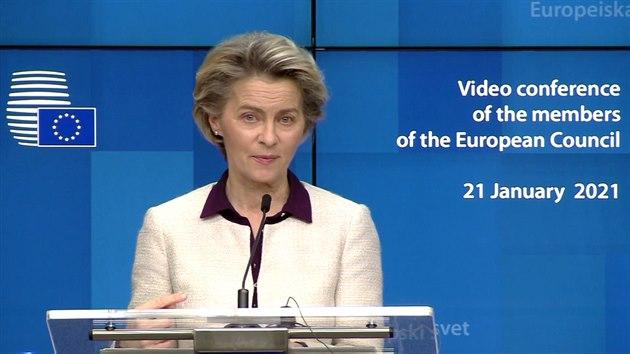 Zbývá ještě spousta otázek, řekla o očkovacím pasu von der Leyenová