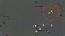 Záběry z radaru: na Ruzyni hrozila srážka letadel