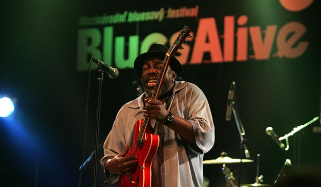 Lurrie Bell and His Chicago Blues Band na šumperském festivalu Blues Alive 2009.