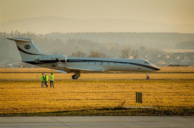 Na letišti měl v únoru mezipřistání soukromý letoun Gulfstream G550. Je to největší letadlo, které tam dosedlo za poslední dva roky. Z Budějovic zamířilo do Řecka.