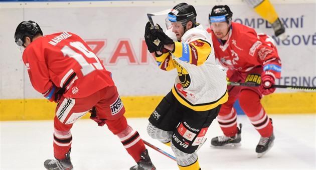 Zloděj ukradl hokejistům Litvínova peníze. Z šatny během zápasu v Olomouci