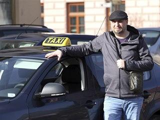 Taxikář Jiří Elčkner ve spolupráci s mikroregionem začal na Bystřicku nově...