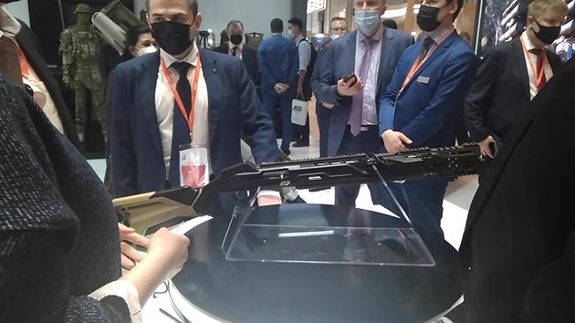 Legenda Kalašnikov míří na Západ. Nová AK-19 střílí v ráži standardu NATO