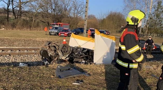 Tragická nehoda se stala na přejezdu u obce Nedabyle na Českobudějovicku.