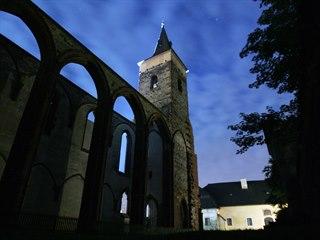 Torzo gotického trojlodí představuje dominantu areálu, v němž jsou uloženy...