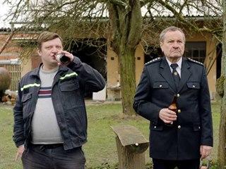 Michal Isteník a Miroslav Krobot při natáčení filmu Kdyby radši hořelo