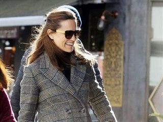 Těhotná Pippa Middletonová (Londýn, 26. února 2021)