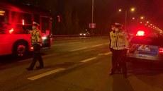 Policie obsadila výjezdy z okresů a kontroluje řidiče