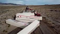 V americké Kalifornii vykolejil vlak se 40 vagony