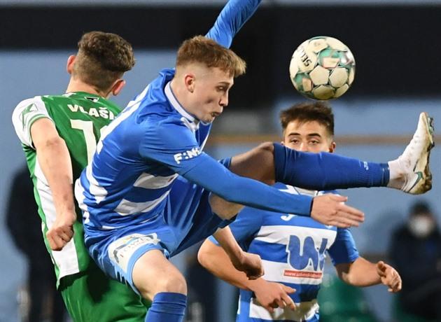 Fotbalový Hradec dominoval na Vyšehradě a osamostatnil se v čele druhé ligy