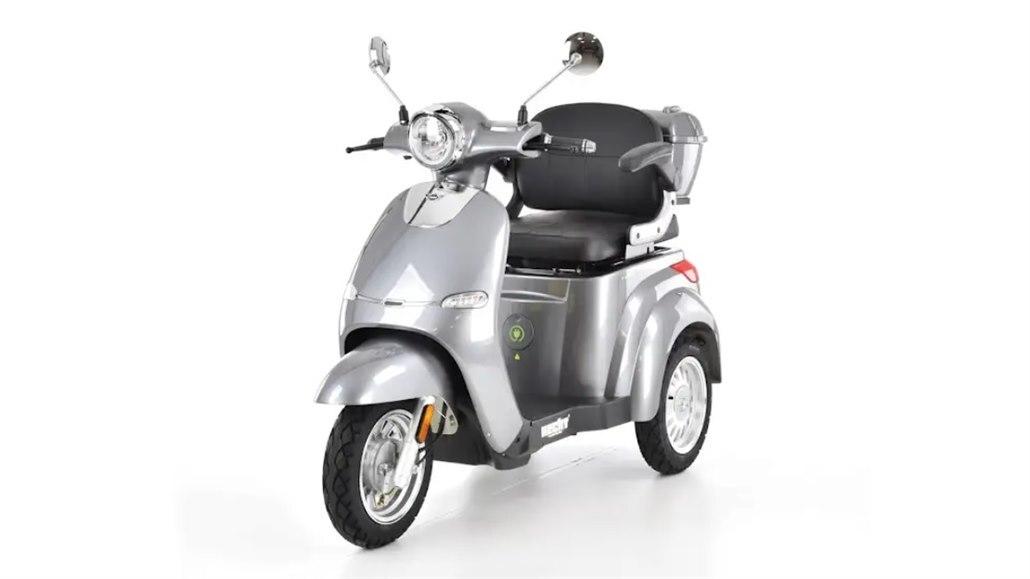 V Česku roste zájem o elektrické motocykly, boom přijde s velkými značkami