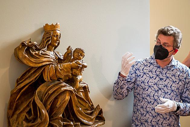 Od roku 1953 až dodnes je originál madony umístěný v expozici Alšovy jihočeské galerie.