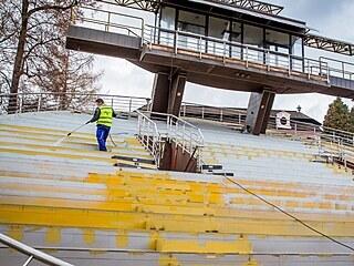 Rekonstrukce českokrumlovského otáčivého  hlediště v únoru pokračovala...