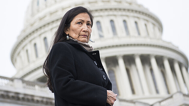 JANUARY 04: Rep. Deb Haaland, D-N.M., makes her way to a group photo with Democratic women members of the House on the East Front of the Capitol on January 4, 2019. (Photo By Tom Williams/CQ Roll Call)