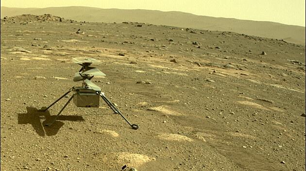 Poslechněte si zvuky z Marsu. První nahrávka vrtulníku Ingenuity