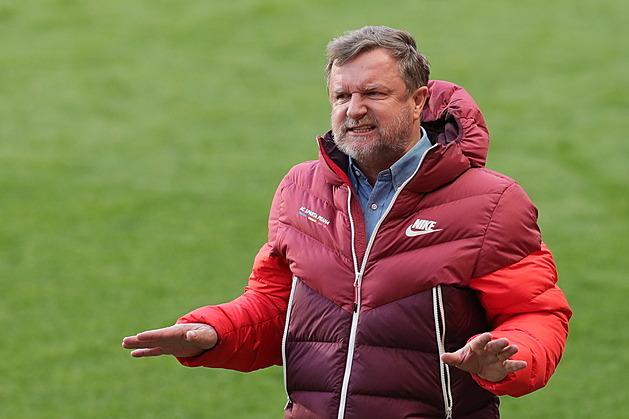 Slávisté zvládli derby, Slovácko s Jabloncem odskočily, zato Plzeň má jen bod
