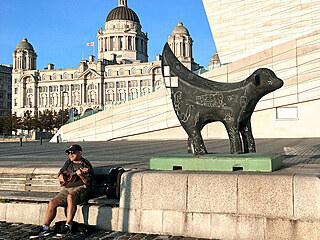 Nejznámější městskou sochou je malá mořská víla v Kodani. Ale mnohem...