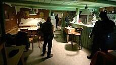 Policie si došlápla na bary v Praze. Přibližně každý šestý porušil opatření, zaplatil v průměru pětistovku