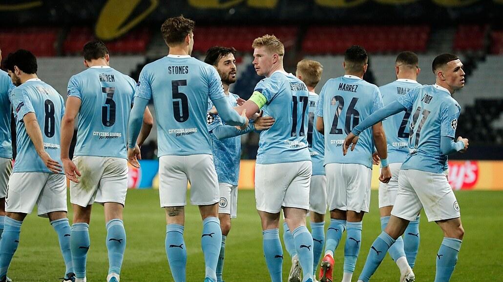 Paris St. Germain - Manchester City 1:2, hosté otáčeli, soupeř dohrál v deseti