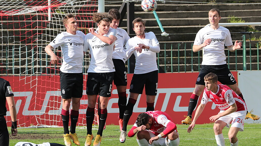 Pardubice - Sparta 2:2, hosté ztratili dvougólový náskok i druhé místo