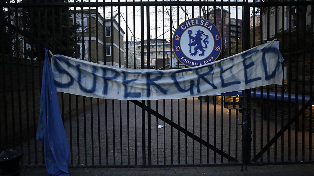 A je po všem. Fotbalová Superliga se rozpadá, končí City, Chelsea i další kluby