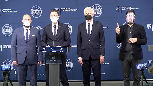 Slovensko vyhostí tři ruské diplomaty v rámci solidarity s Českem