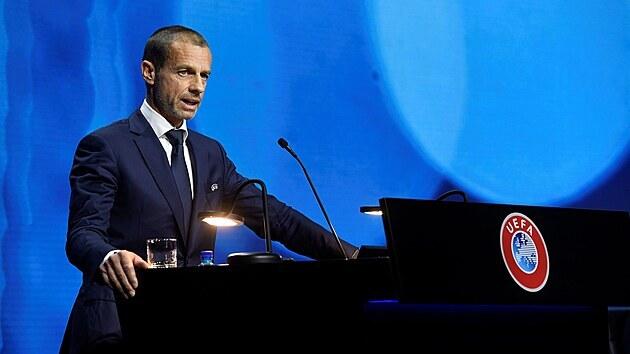 Udělali jste obrovskou chybu, pánové, vzkazuje UEFA anglickým klubům