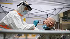 Situace není dobrá, epidemie zrychluje. V neděli přibylo 147 případů, číslo R nadále stoupá