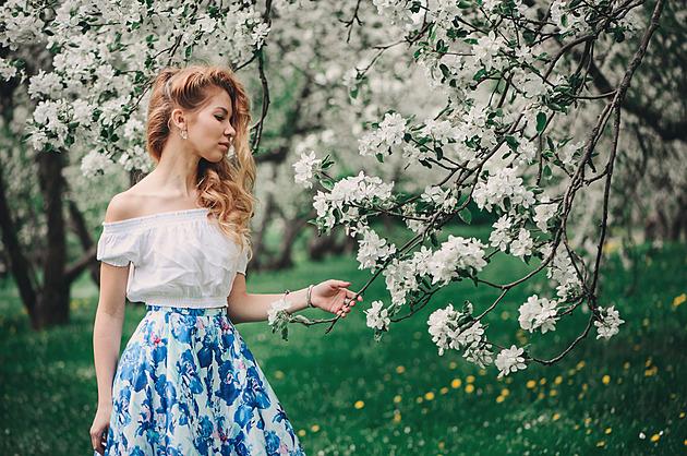 Retro, mini, maxi i divočina. Nejlepší sukně pro jarní a letní dny