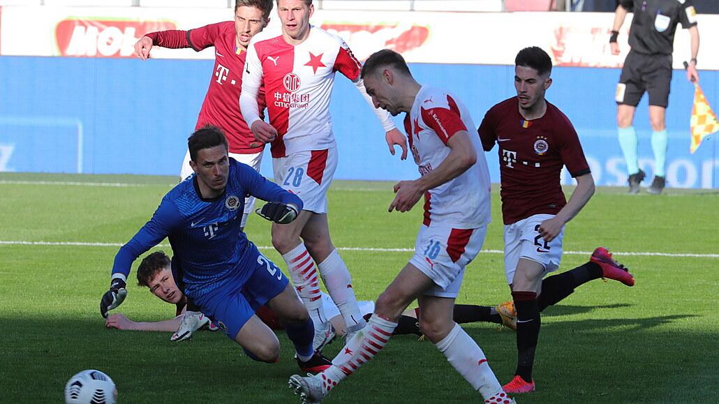 Sparta - Slavia 0:3, boj o finále poháru byl jasnou záležitostí, dva góly Kuchta