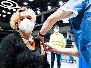 V Praze začíná fungovat očkovací centrum v O2 universum. (3. května 2021)
