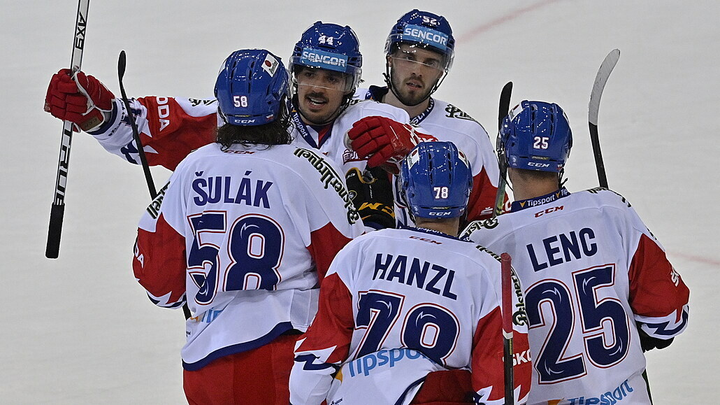 Sedmé vítězství v řadě. Čeští hokejisté doma otočili bitvu s Finy