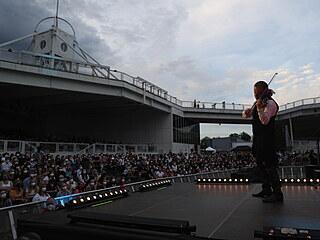 U Křižíkovy fontány v Praze se uskutečnil pilotní koncert Šance pro kulturu pro...
