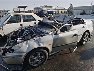 Havarovaný automobil Škoda-Octavia, ve kterém 24. listopadu 1996 zahynul...