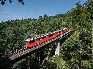 Na švýcarskou horu Rigi nad Luzernským jezerem vede od jara 1871 první horská...