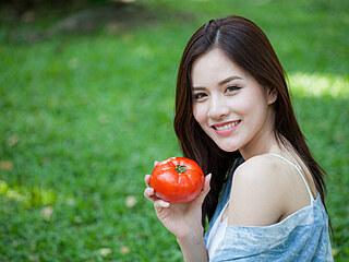 Není nad doma vypěstovaná rajčata. Není to složité, pokud jim dáte vše, co...