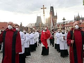 Stovky lidí v sobotu 15. května v Praze oslavily 300. výročí od blahořečení...