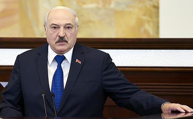Unie se shodla na sankcích proti Bělorusku, mají citelně zasáhnout Lukašenka