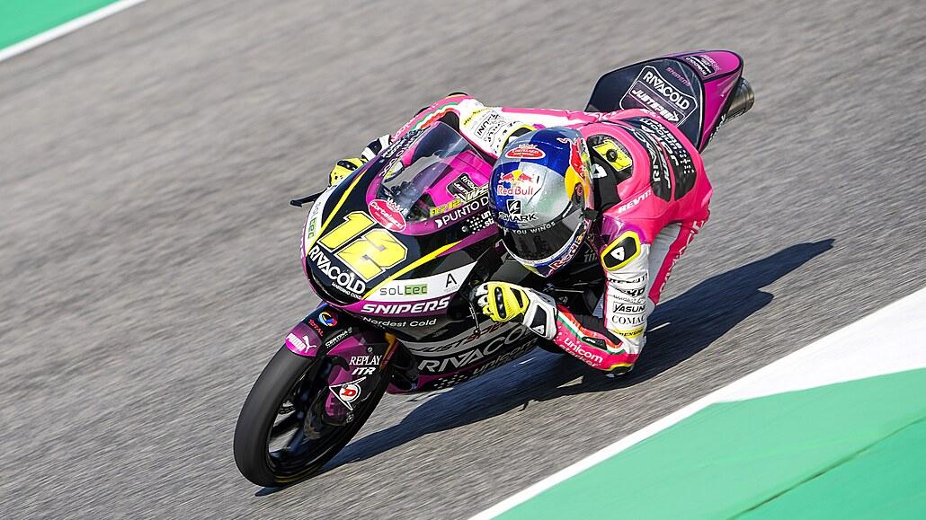 Skvostný výkon motocyklisty Salače, v Německu ovládl kvalifikaci