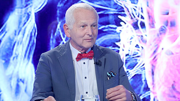 Hostem Rozstřelu byl prof.Jan Pirk, kardiochirurg, přednosta Kardiocentra IKEM...