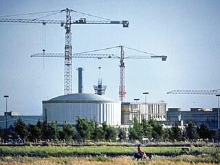 Reaktorová hala, která byla terčem náletu.