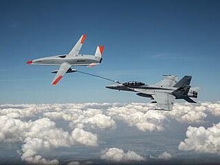 Zkoušky prvního prototypu tankovacího dronu Boeing MQ-25 překonaly 4. června...
