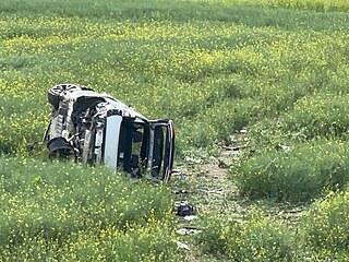 Při nehodě auta na D11 na Kolínsku zemřeli dva lidé, dalších pět lidí je...
