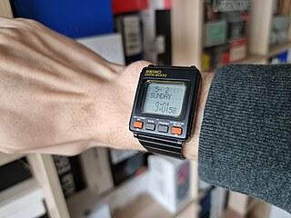 První chytré hodinky na světě: Seiko Data-2000 z roku 1983