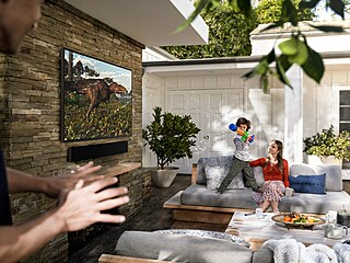 Televize The Terrace disponuje speciální antireflexní vrstvou, která dokáže...