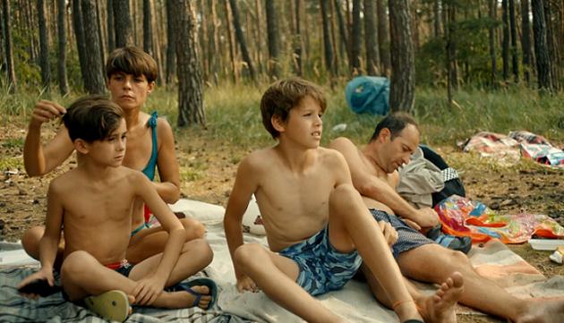 RECENZE: Nejlepší český film roku je konečně v kinech, i když s oblohou