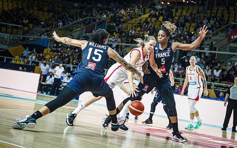 České basketbalistky poločas trápily Francii, ale zůstávají bez výhry