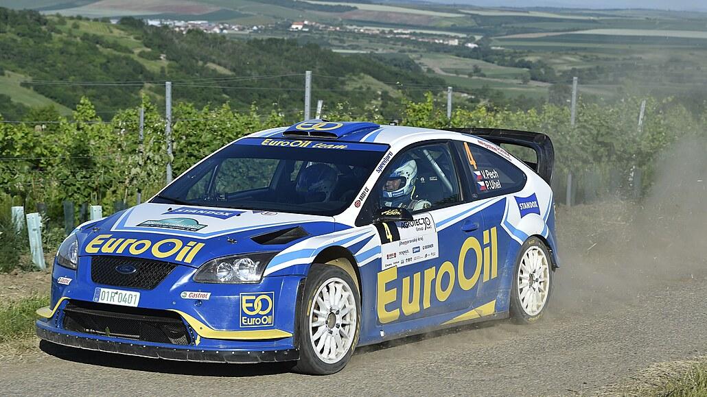 Vstup do Rallye Hustopeče zvládl nejlépe Pech, Kopecký je těsně druhý