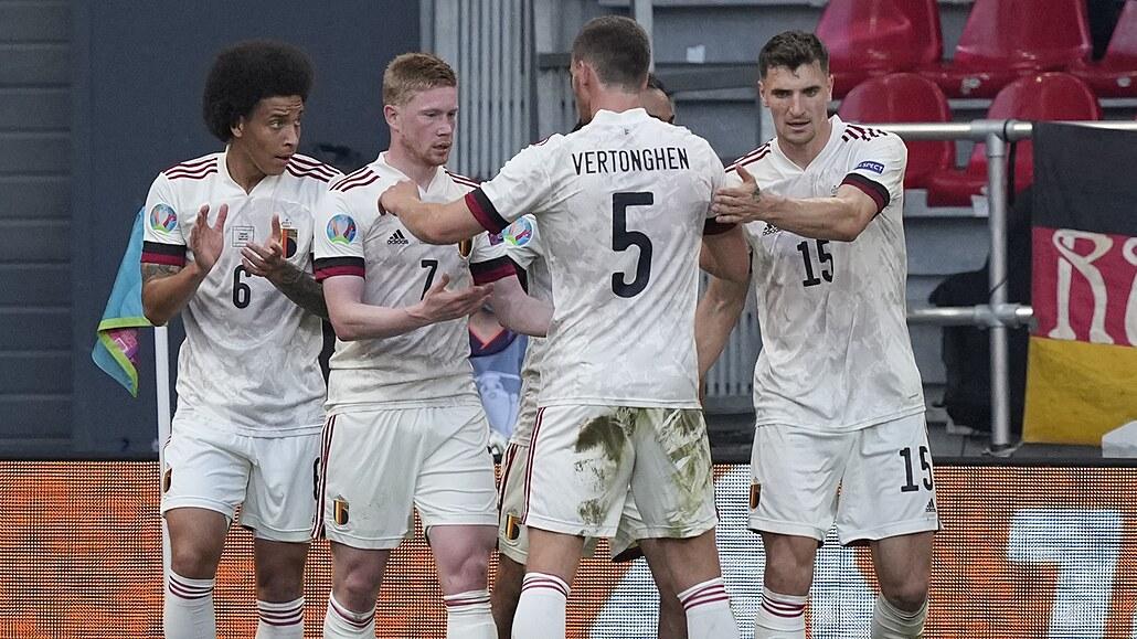 Dánsko - Belgie 1:2, De Bruyne přišel, přihrál a trefil ďáblům postup